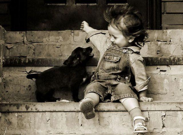 perrito_y_niña