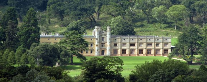 ashton-court-mansion-in-the trees